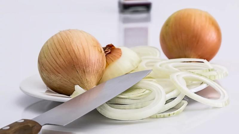 4 рецепта от кашля у ребенка, которые можно приготовить дома